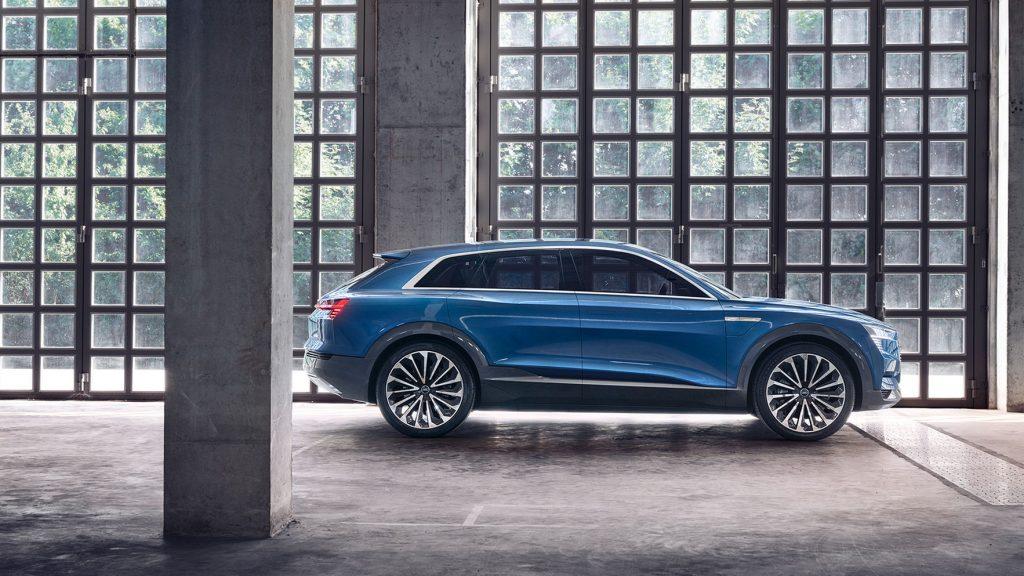 1920x1080_170912_Audi_etron_quattro_concept_SIDE